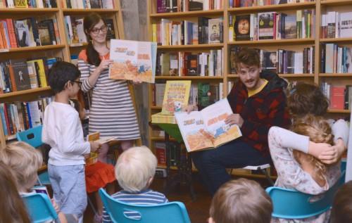 Matt reading to children.